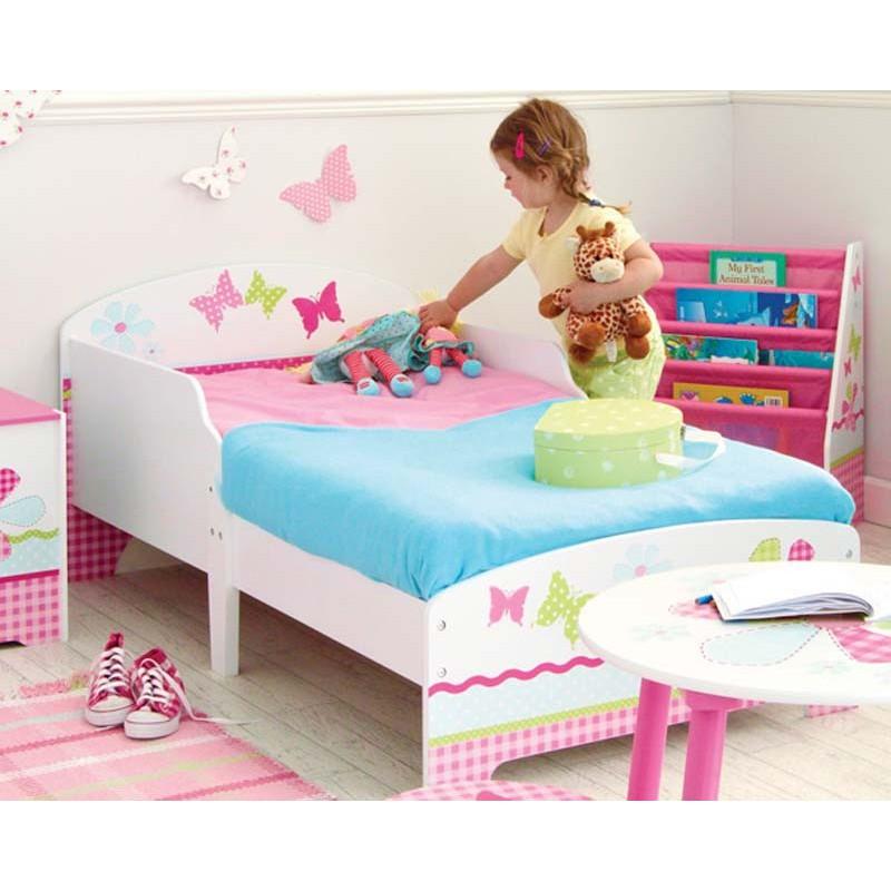 como adicional a la cama puedes aadirle una mesita de madera para el lateral de la cama o dos cajones de madera para debajo de