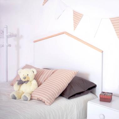 La tête de lit pour enfants Maison Nordic