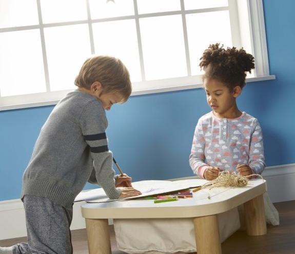 Mesa Montessori bajita
