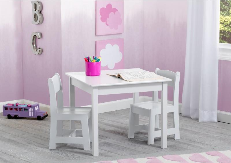 Mesa con sillas Blanca