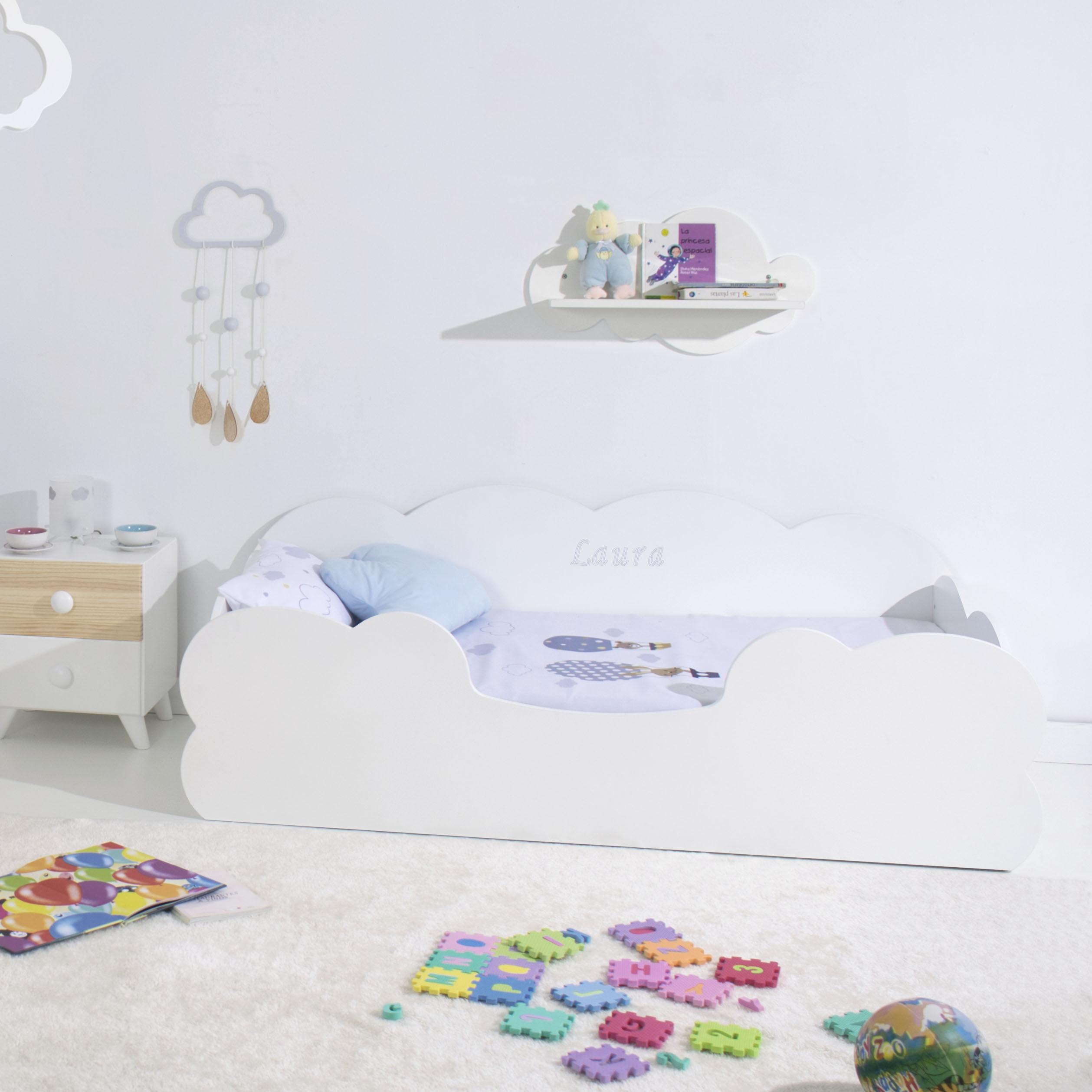 Cama Montessori Nube infantil lacado en blanco nombre personalizado. Bainba